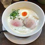 ラーメン家 みつ葉 - 豚CHIKIしおラーメン  750円