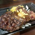 いきなりステーキ - 料理写真:リブロースステーキ・310g(2117円)