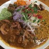 虹の仏 - 料理写真:スパイスカレー(牛ホルモン)