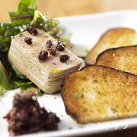 タケル クインディチ - 一度は食べたい、ワインにもよくあう存在感のある一品『鶏の白レバームース』