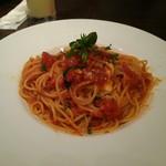 cafe&dining ballo ballo - バジルとモッツァレラチーズのスパゲティ