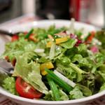 ワイン食堂 ビストロQ - グリーンサラダ