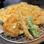 下町天丼 秋光 - 野菜はかぼちゃ、はじかみ、しし唐
