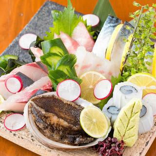 【直送新鮮魚介】高知県より直送の旬の味覚を贅沢に食す!