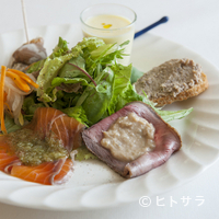 トラットリア・アルベロ - 少しずついろいろなものが食べられる『お任せの前菜6種盛り合わせ』