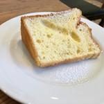 ジレカフェ - ランチデザートのシフォンケーキ