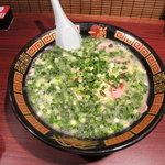 一蘭 - 料理写真:天然とんこつ780円(!)+ネギ100円