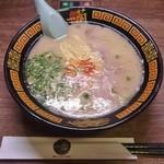 一蘭 - 料理写真:ラーメン 890円