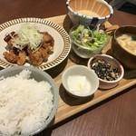 kawara CAFE & DINING - 鶏モモの香味唐揚げ定食!