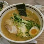 タムラ食堂 - 鶏そば 750円+タムタムセット 350円