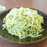 ネマルカフェ - 春キャベツとイカのバジルスパゲティ(950円)
