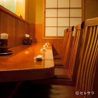 #8203;特等席は、職人の仕事を目の前にするカウンター