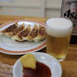 亀戸餃子 - 餃子にはビール♪