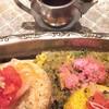 旧ヤム鐵道 - 料理写真:銀のポットには「和風ソース」。適宜かけると味が締まります