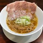 世界が麺で満ちる時 - 料理写真:オレンジファントム750円(税込)