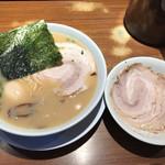 つばめ軒 - 料理写真:チャーシューメン  味玉トッピング
