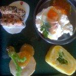 Y字路 - 900円ランチの前菜4品