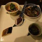 66299111 - 酔っ払い蟹(上海蟹の紹興酒漬け)入り本日の前菜五種銘々盛り