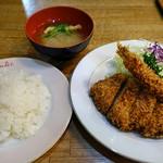 宝亭 - 海老フライ+豚ヒレカツ(Bランチ)