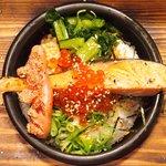 66340245 - 鮭といくらの海鮮茶漬け+炙り明太子 980円