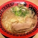 麺堂 香 - 料理写真:とんこつラーメン(580円)