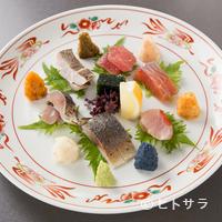 貴田乃瀬 - ワインソムリエでもある、おかみさんのために『ワインで美味しい刺身の盛り合わせ』
