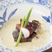 貴田乃瀬 - 一番人気のメニュー『牛タンの柔らか煮 ゴルゴンゾーラソース』