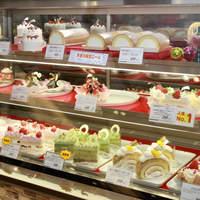 ヤマザキプラザ - 「真間のほっぺ」や「天使の生ロール」等、人気商品を取り揃えた洋菓子コーナー