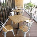 グリーンテーブル - テラス席
