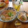 カフェ RU RI - 料理写真:ランチセット (フォー・ガー+前菜+ハス茶)と揚げ春巻き