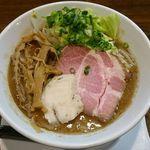 麺.SUZUKi - 料理写真: 濃厚魚介豚骨