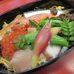 柳川はむら - 【ばら寿司】岡山の食材がタップリの具沢山♪