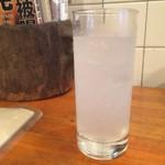 キャラヴァンサライ包 - ウゾのソーダ割り