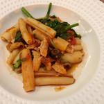 ヴェンタリオ - チキンとトマトのショートパスタ