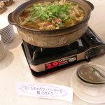 パデーラ - ロールキャベツとソーセージと鮭のポトフ