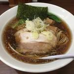 一刀流らーめん - 煮干醤油ラーメン(730円)こってり背脂