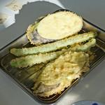 天ぷらひらお - アスパラガス と 茄子