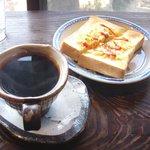 煎売喫茶 治郎兵衛 - イタリアンブレンドにモーニングを