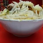 ラーメン二郎 - 2017年4月 ぶたラーメン コールはニンニク少し、ヤサイ 700円
