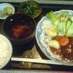 菜彩 - ランチのハンバーグ