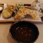 蕎麦茶屋 和久 - 野菜天ぷら(800円)