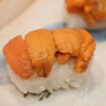 津田 - 料理写真:釧路の蝦夷バフンウニ