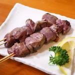 肴とお酒 うえだ - 大山鶏の半焼レバー(1本)¥130