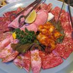 焼肉 光州苑  - 料理写真:上セット