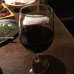 熟成焼肉 肉源 - ワインは赤、白、泡が各数種類が飲み放題