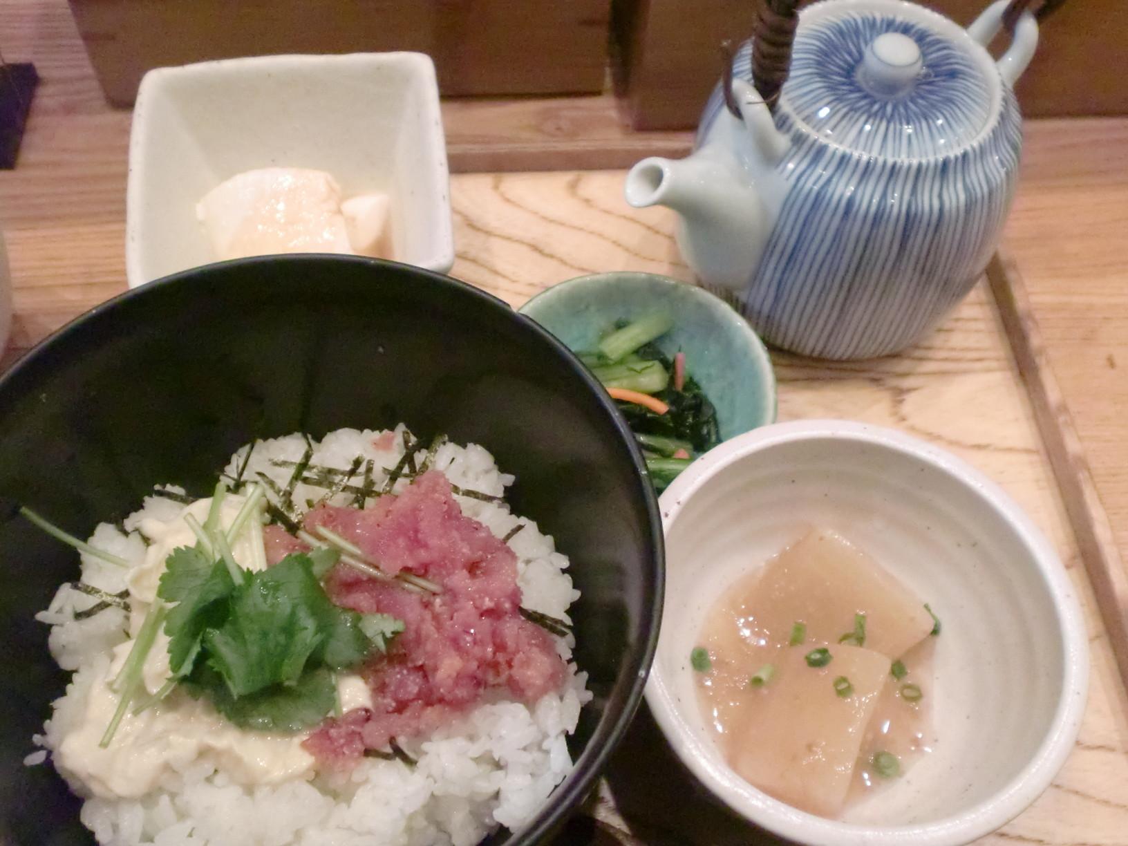 和食屋の惣菜 えん 日本橋店