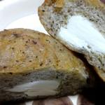 ひつじ - 紅茶・クリームチーズ