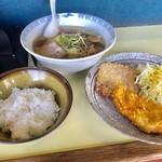 66898215 - ラーメン定食【料理】