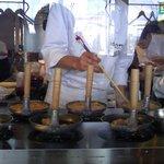 6690456 - 待ち時間も調理行程が見えて、楽しみの一つ!