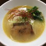 麺屋 龍 & ファミリー - 料理写真: